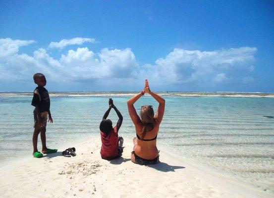 Large_yoga_kenya_beach_sun_salute