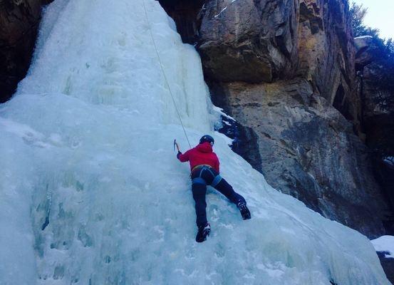 Large_ice_climb
