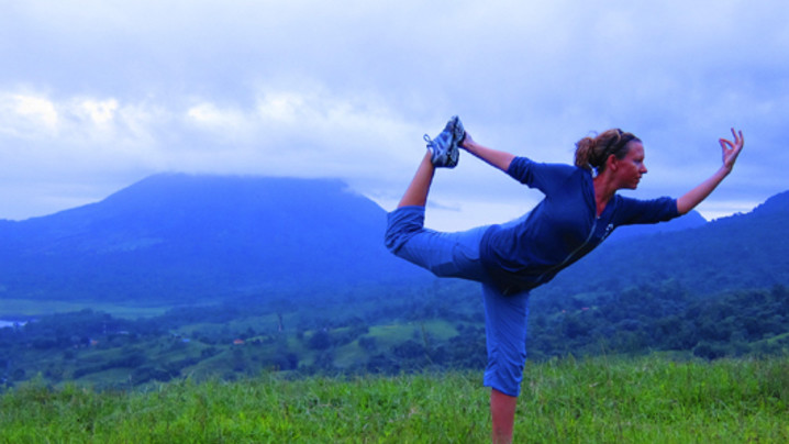 Wide_large_yoga